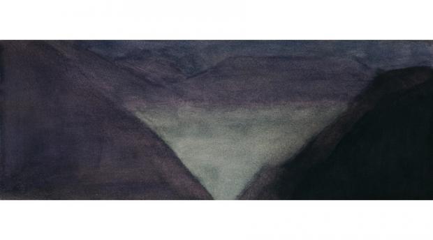 Vallée, brume, nuit
